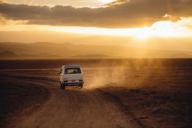 dodávka v poušti
