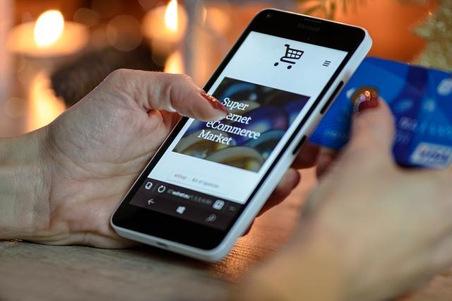 vánoční nákupy přes smartphone